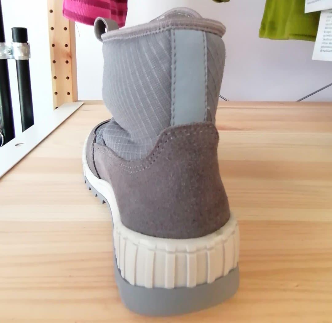 Cizme impermeabile din piele căptuşite cu lână naturală şi talpă flexibilă Froddo Grey 8