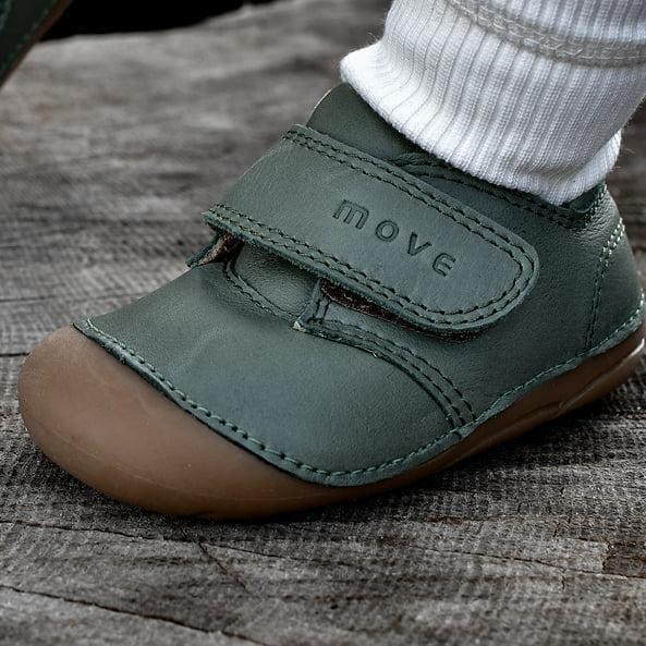 Pantofi barefoot din piele naturală pentru primii pași Dusty Olive Move By Melton