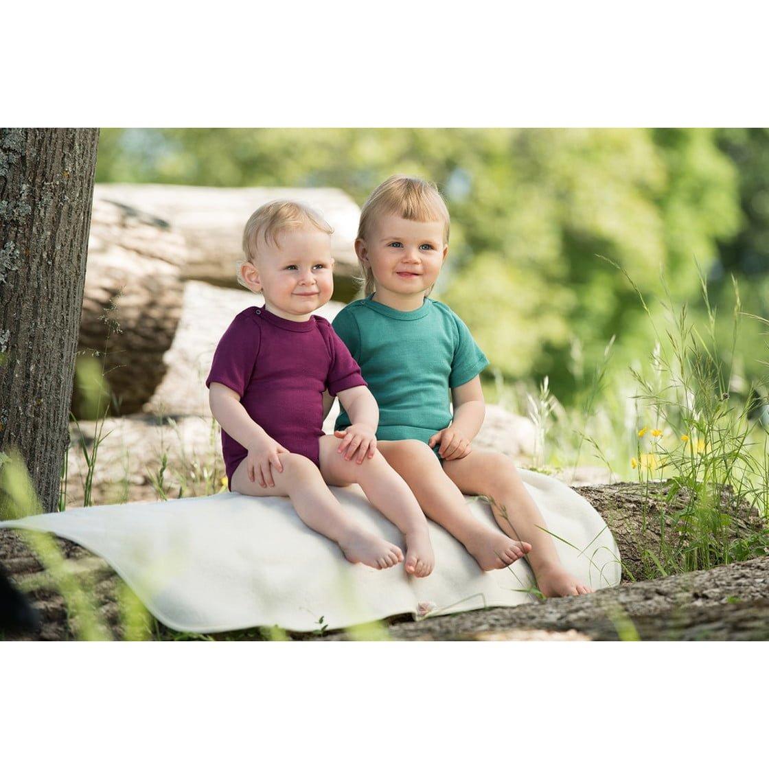 Body cu mânecă scurtă ice blue din lână merinos şi mătase organică pentru copii Engel 2