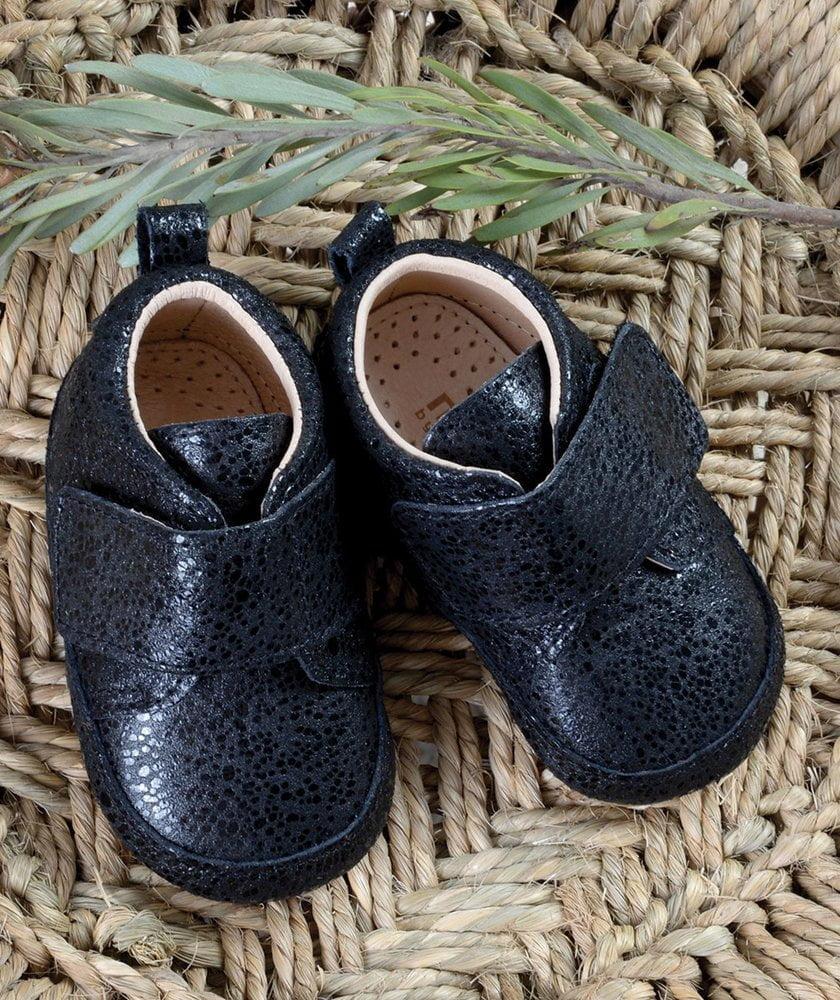 Pantofi barefoot din piele naturală pentru primii pași Black Dotted Move By Melton 2