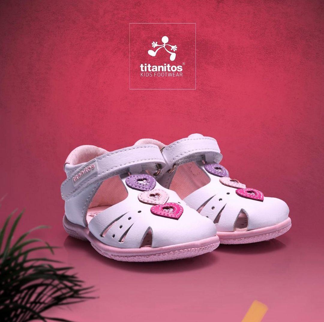Sandale din piele naturală pentru copii Casandra Blanco Titanitos