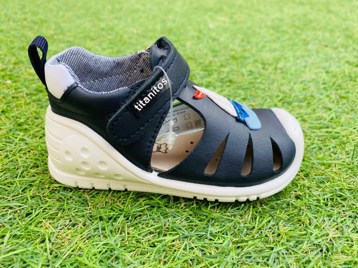 Sandale din piele naturală pentru copii cu talpă flexibilă Ignacio Navy Titanitos 2